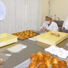 「釜ヶ崎健診」751人が受診、障害者もパンで支援