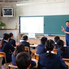 滋賀の救急医ら、兵庫の小学校で「いのちの授業」
