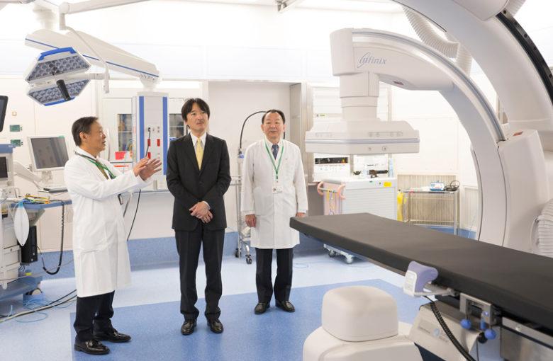 秋篠宮殿下、東京・中央病院の新主棟をご訪問