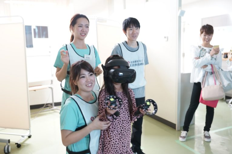 奈良病院で済生会フェア、柔道の篠原さんも
