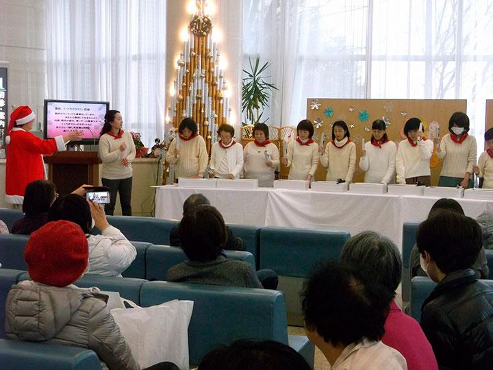 がん患者の音楽隊がクリスマスコンサート!