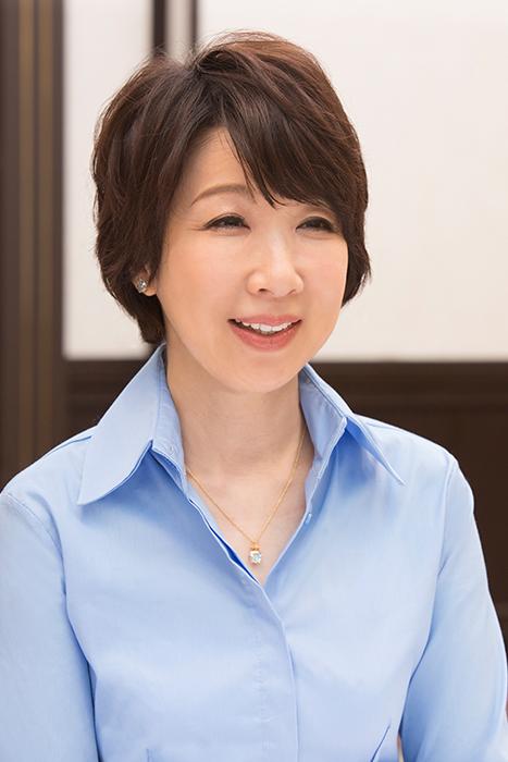 伊藤蘭の笑顔がいくつになってもかわいい