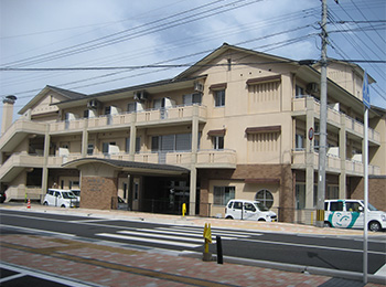 老人デイサービスセンター寿楽荘